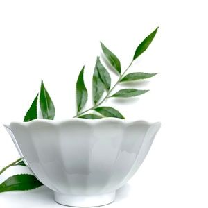 White Flower Shaped Bowl